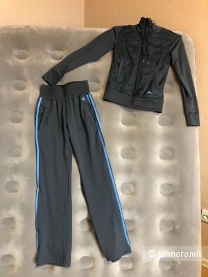 Спортивный костюм Adidas размер  XS
