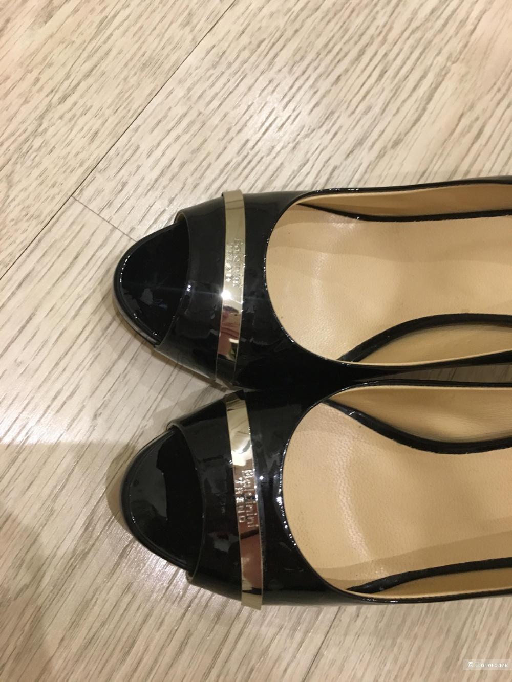Туфли baldinini trend 39 размер