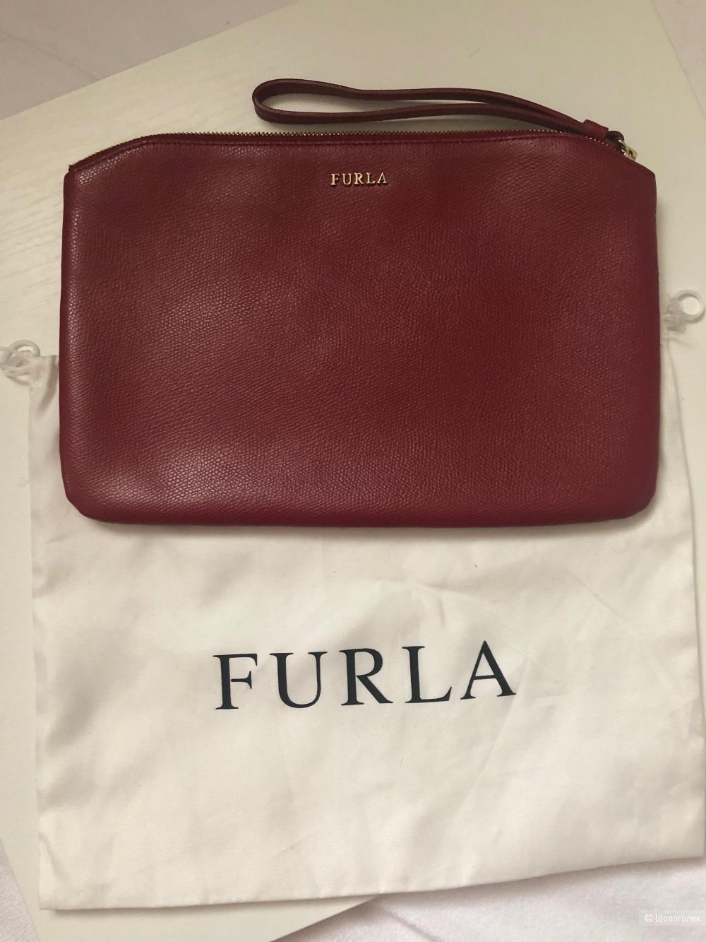 Сумка  Furla  размер М  27 см х 18 см