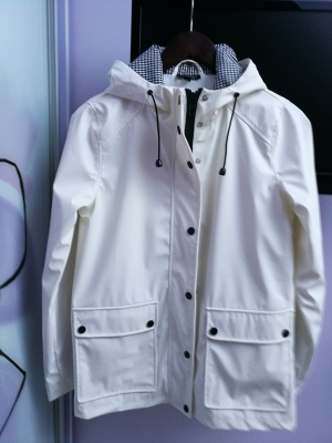 Куртка- дождевик Topshop, размер 44.
