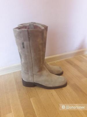 Замшевые сапоги Russel£Bromley 40-41 размера