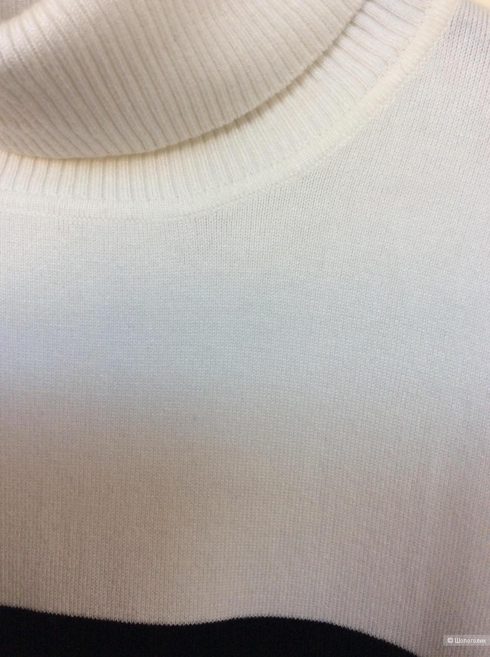 Водолазка Calvin Klein размер М