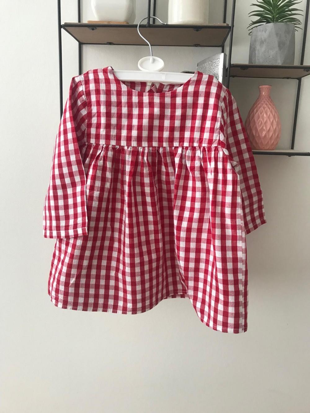 Платье для девочки 1,5 лет No Name