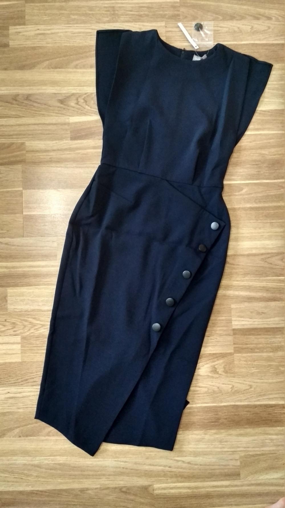 Платье ASOS, UK6