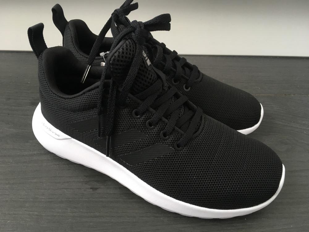 Кроссовки Adidas, 37 размер