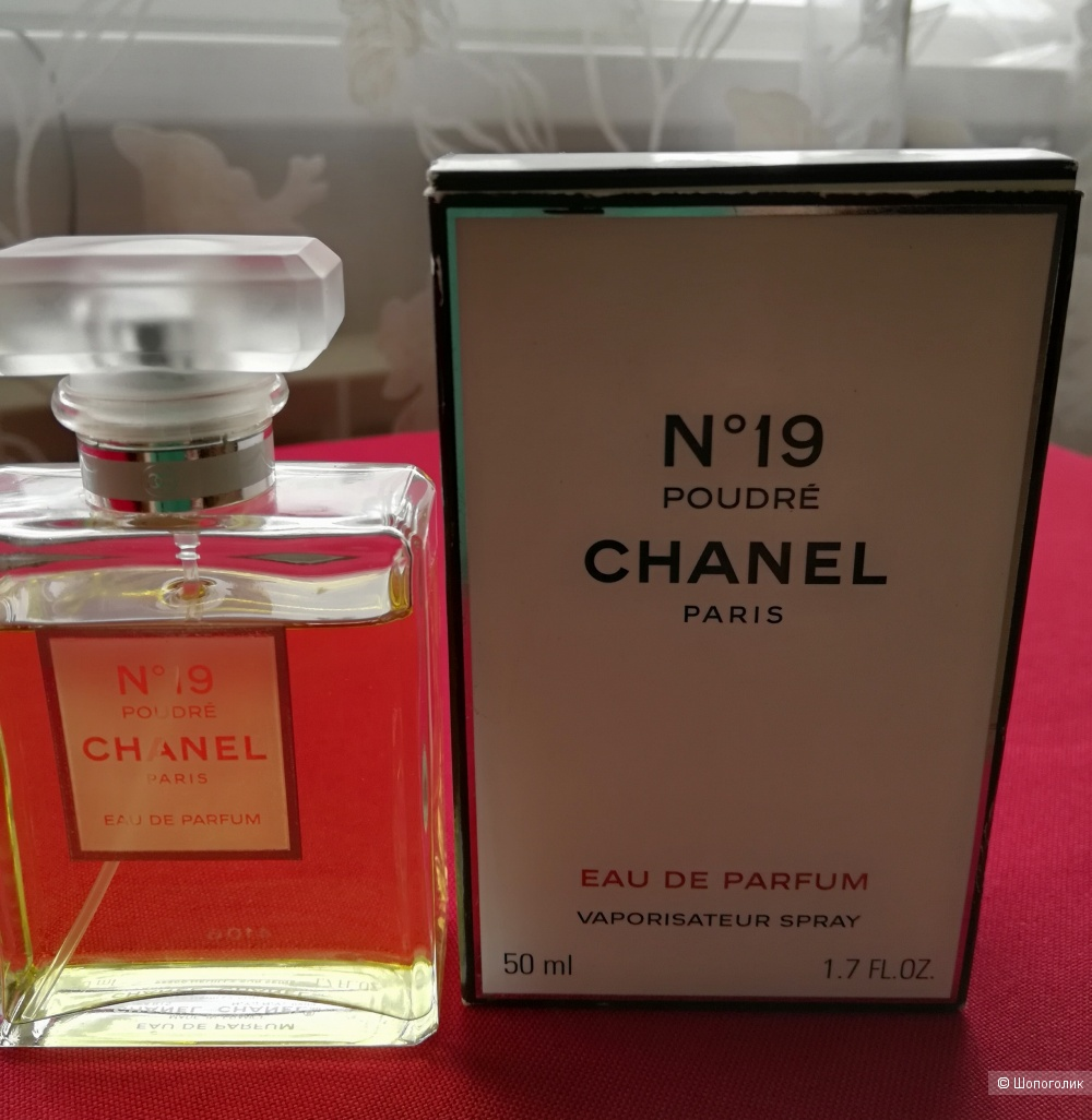 "Парфюмерная вода Chanel ""Chanel 19 Poudre"", остаток от 50 мл."