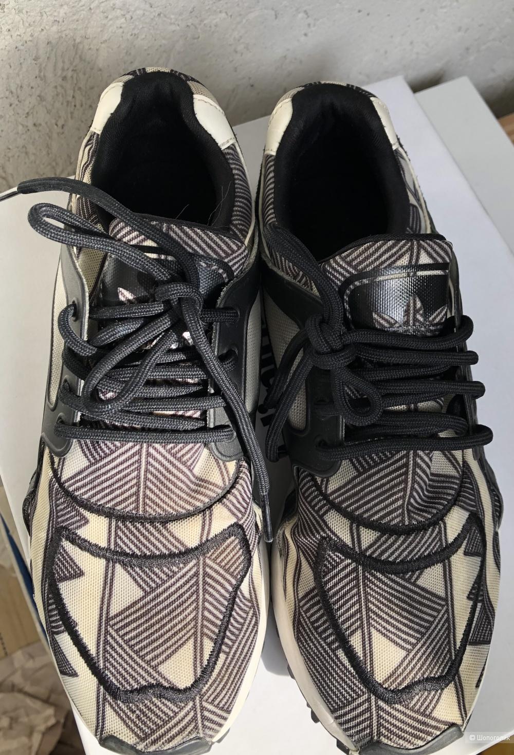 Кроссовки Adidas размер 37