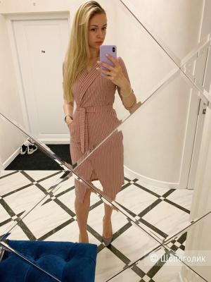 Платье Anji  р.М