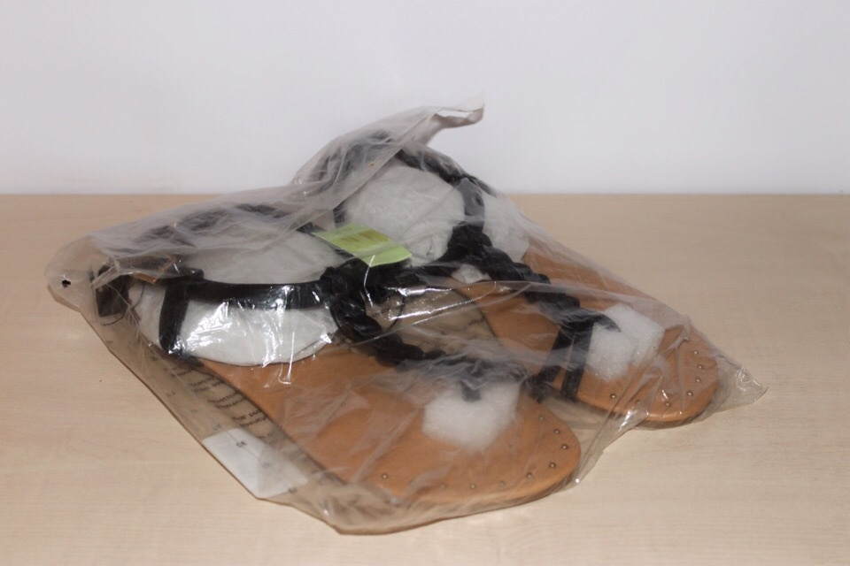 Черные сандалии forever 21, размер us9 (40)