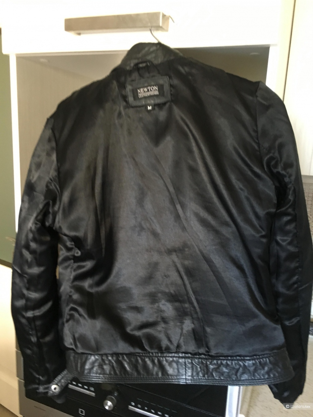 Кожаная куртка, фирма Newton, размер М