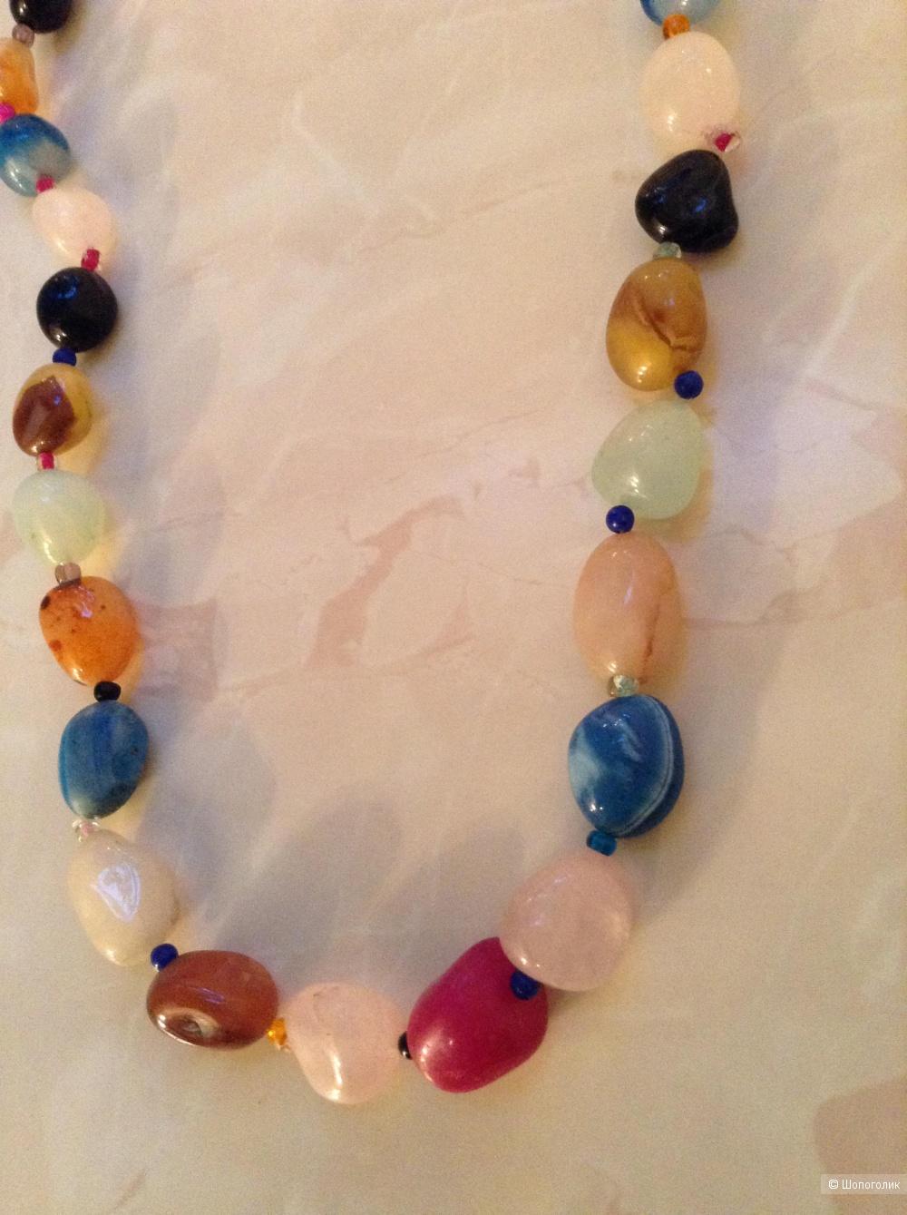 Ожерельеиз натуральных камней, 55 см