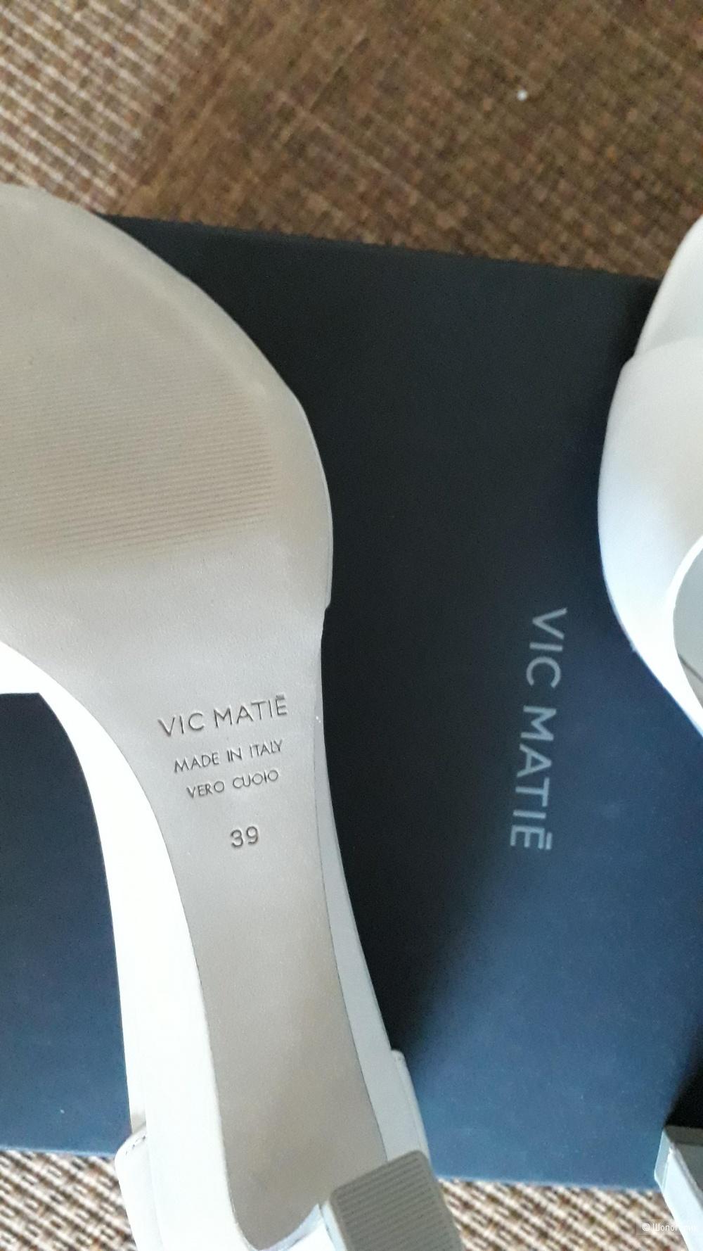 Сандалии (босоножки) VIC MATIE 39