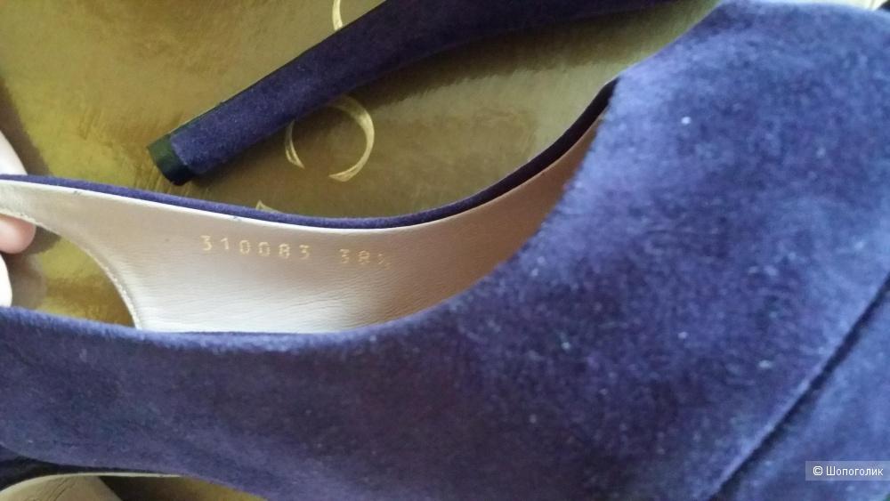 Босоножки Gucci размер 38,5 EU (российский 37)