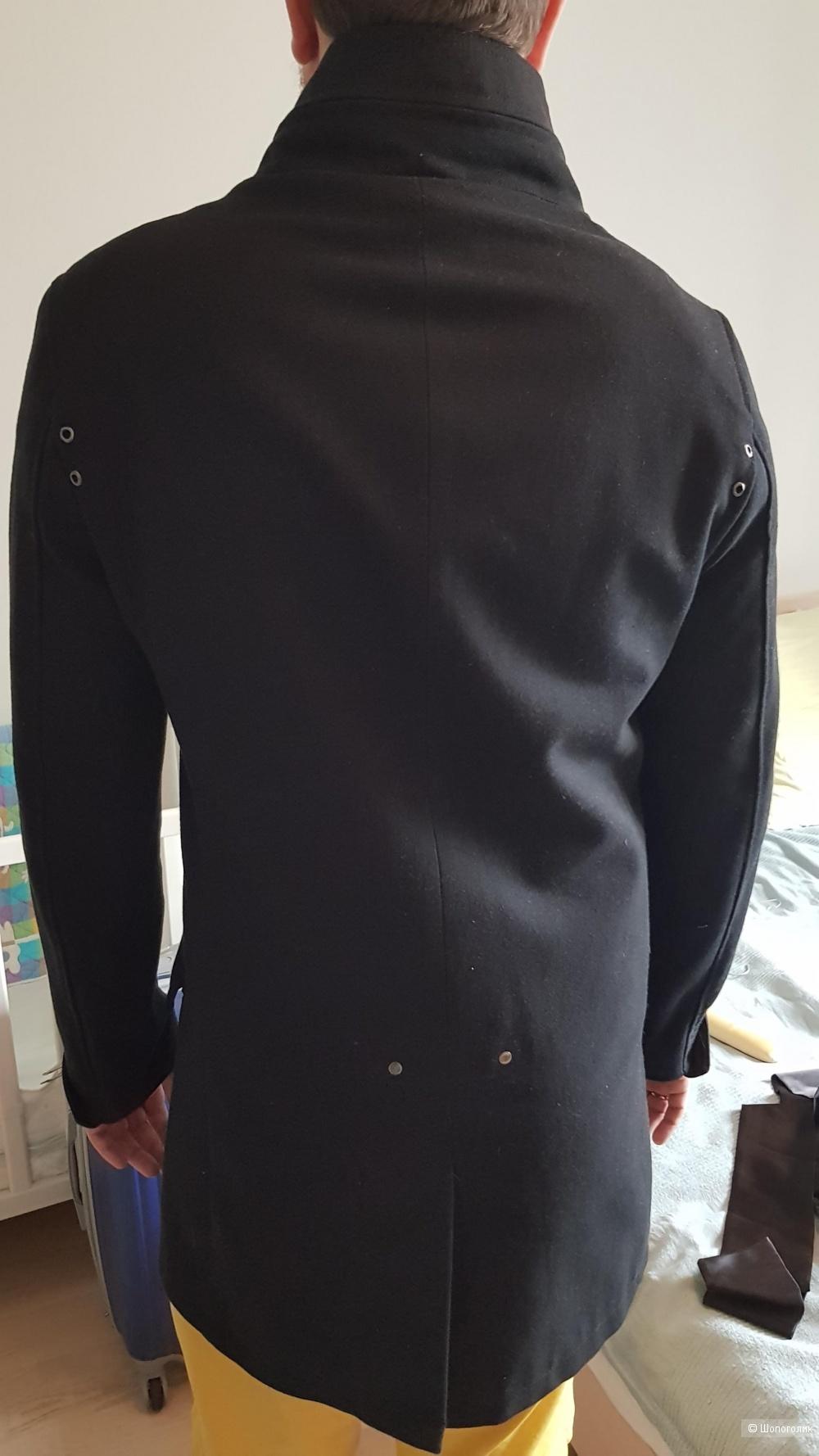 Пальто мужское zara, L