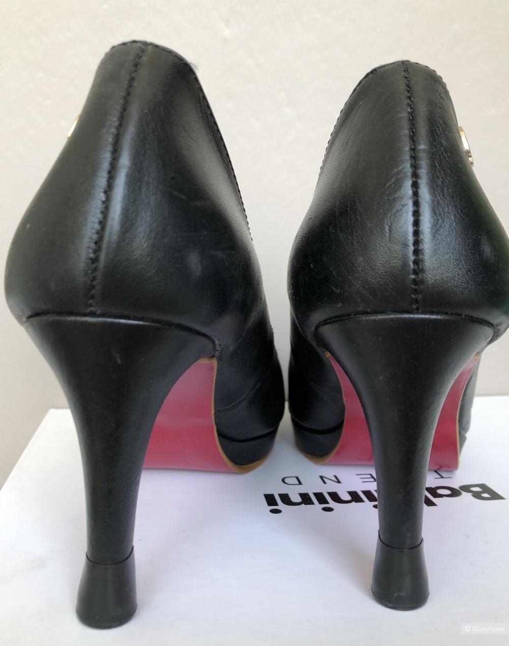 Туфли Cuple размер 38  (на 37 российский )