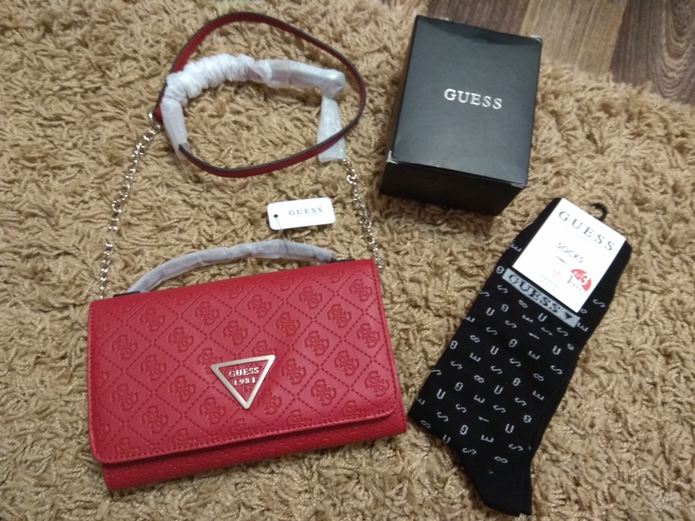 Набор сумочка+ носки Guess  размер one size