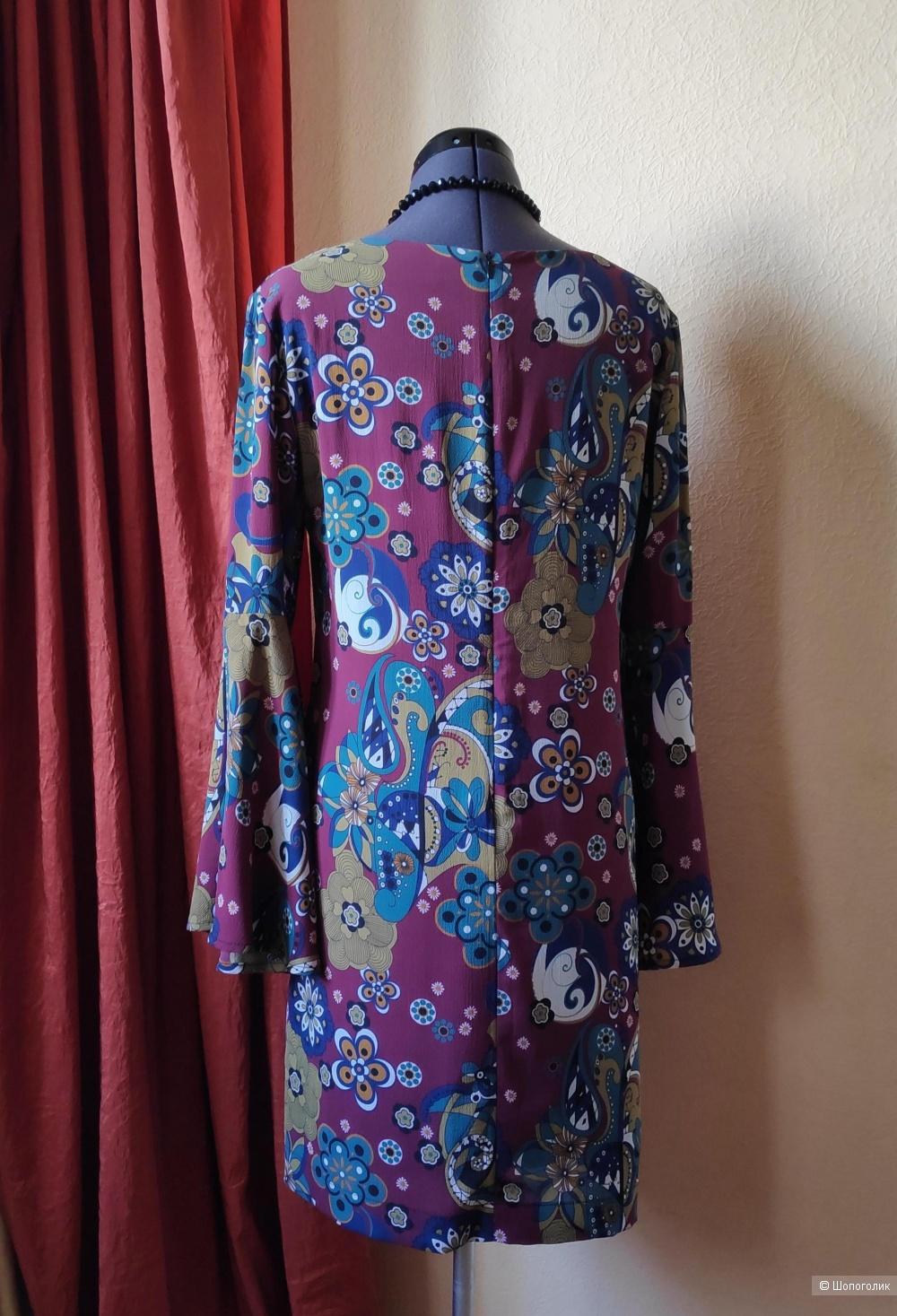 Платье  BLUE JOINT. Размер 44 IT, 38 EUR.