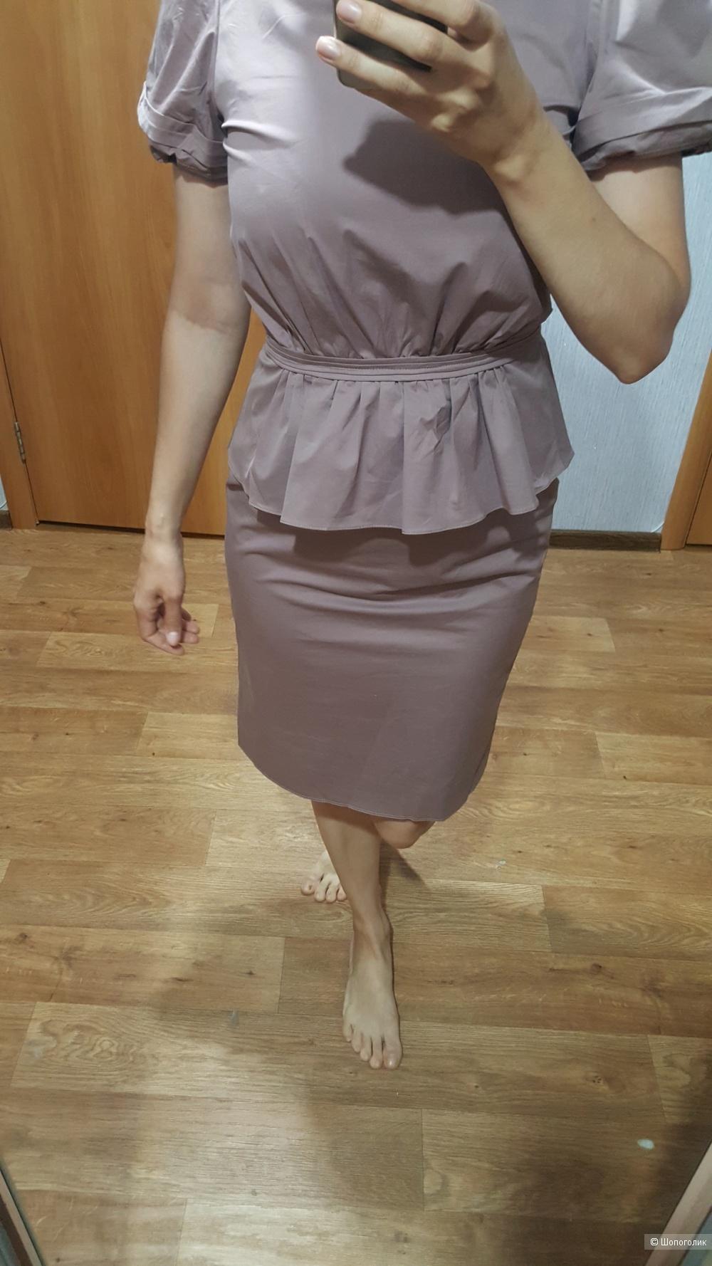 Платье BURBERRY London  на 42-44