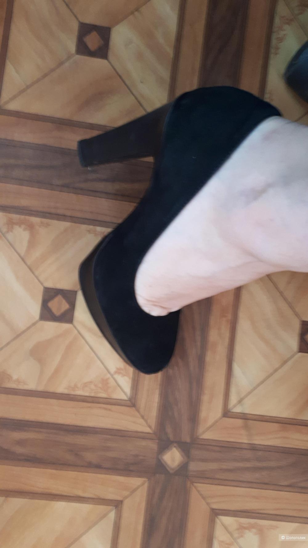 Замшевые туфли 37-37,5 р-р