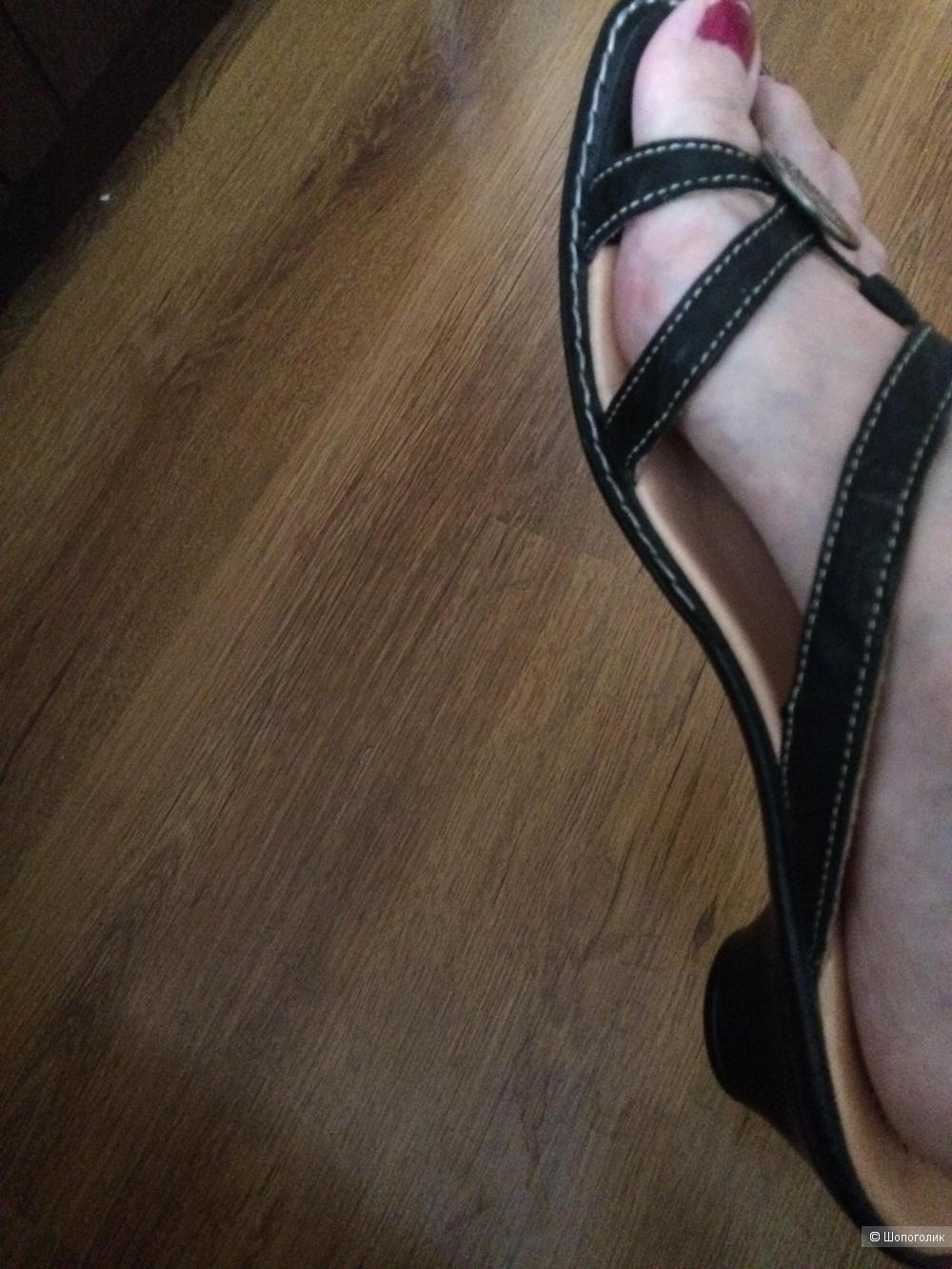 Сандалии босоножки Think! 41-42 на широкую ногу