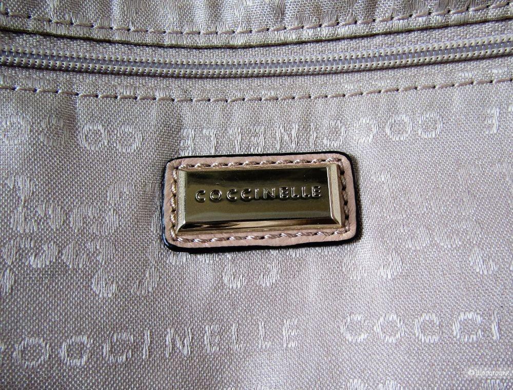 Сумка Coccinelle размер верх 37 низ 42*26*10