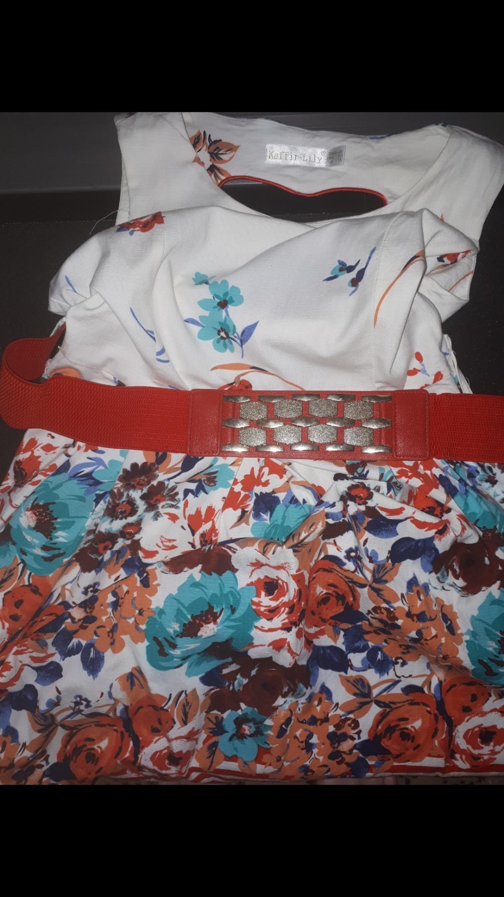 Платье Kaffir Lily 40 евро р-р
