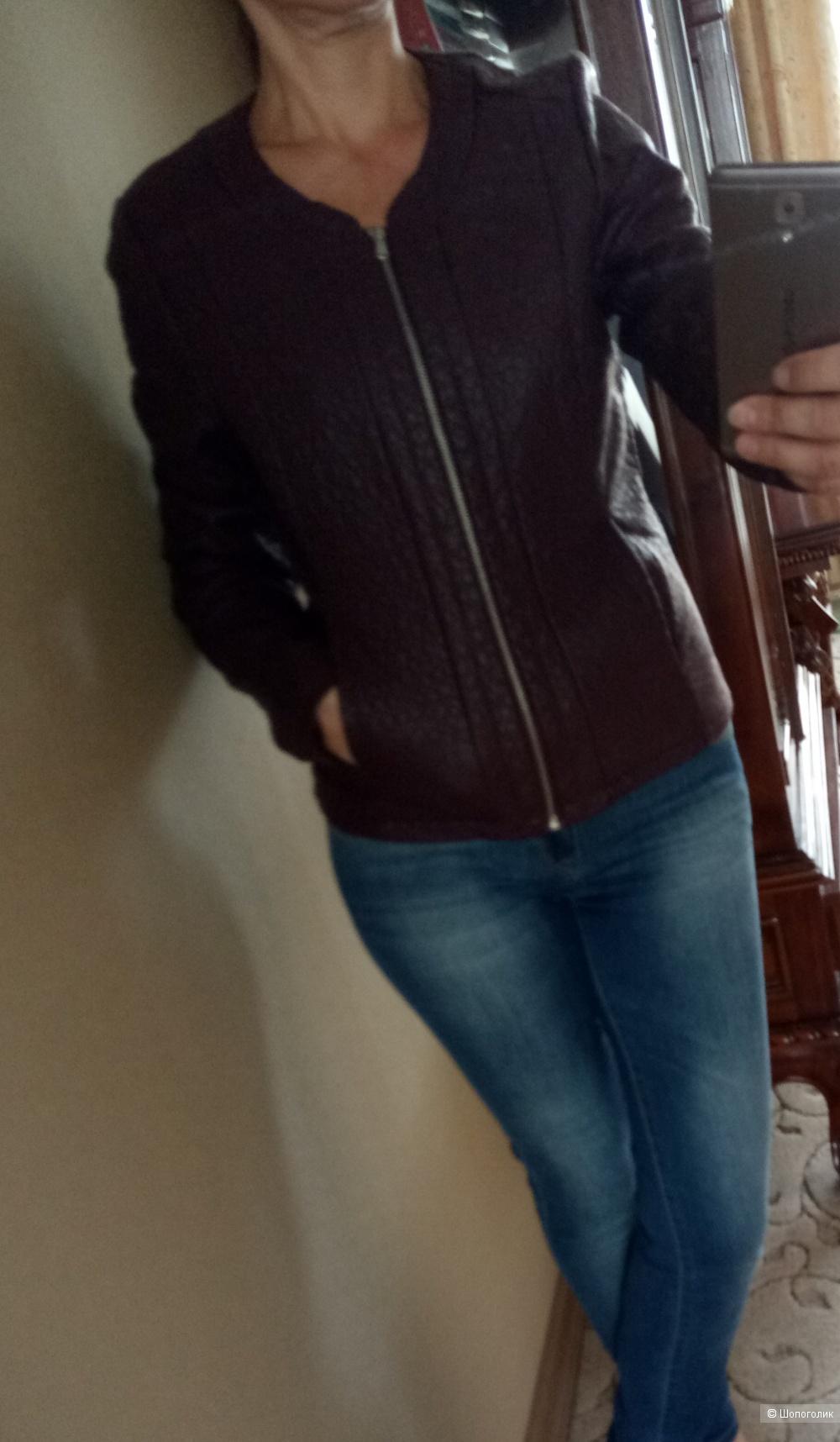 Куртка женская, размер 44 рос