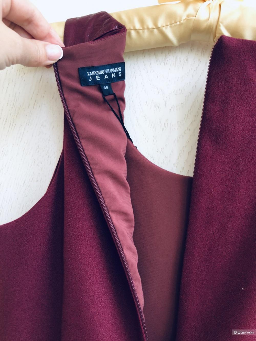 Платье Emporio Armani размер 38