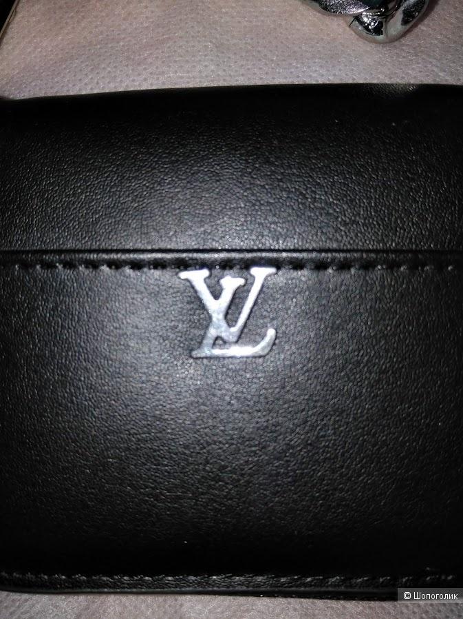 Сумочка-кошелек Louis Vuitton / 11см*6см*3cм