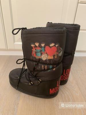 Луноходы Love Moschino, 38-40 размер