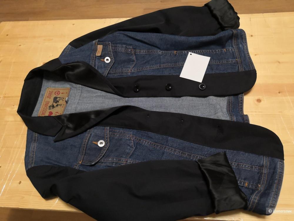 Куртка Moschino Jeans US 8 размер.
