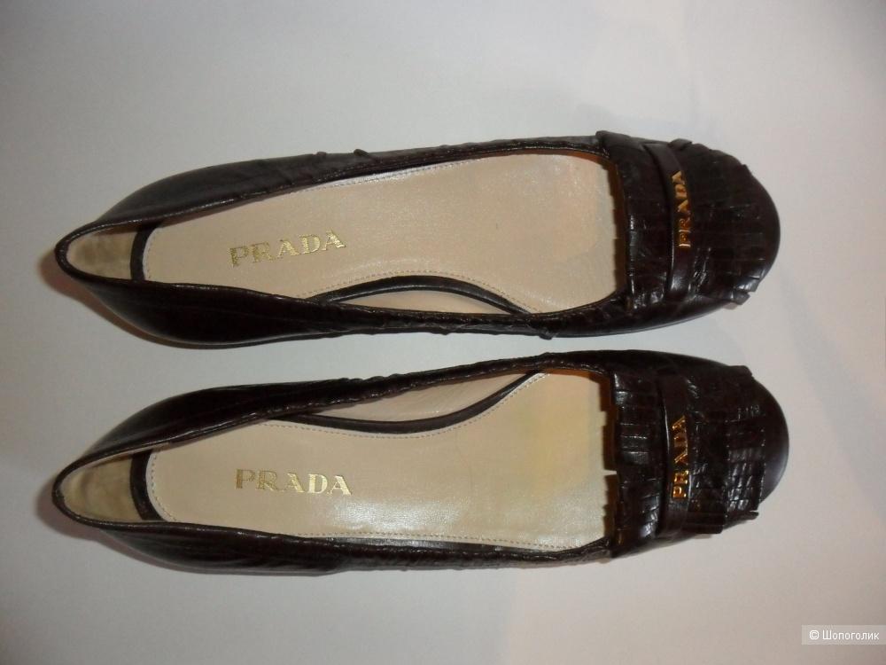 Балетки Prada, размер 39 (EUR).