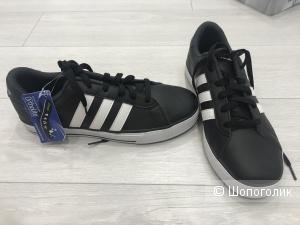 Новые Adidas, р.39
