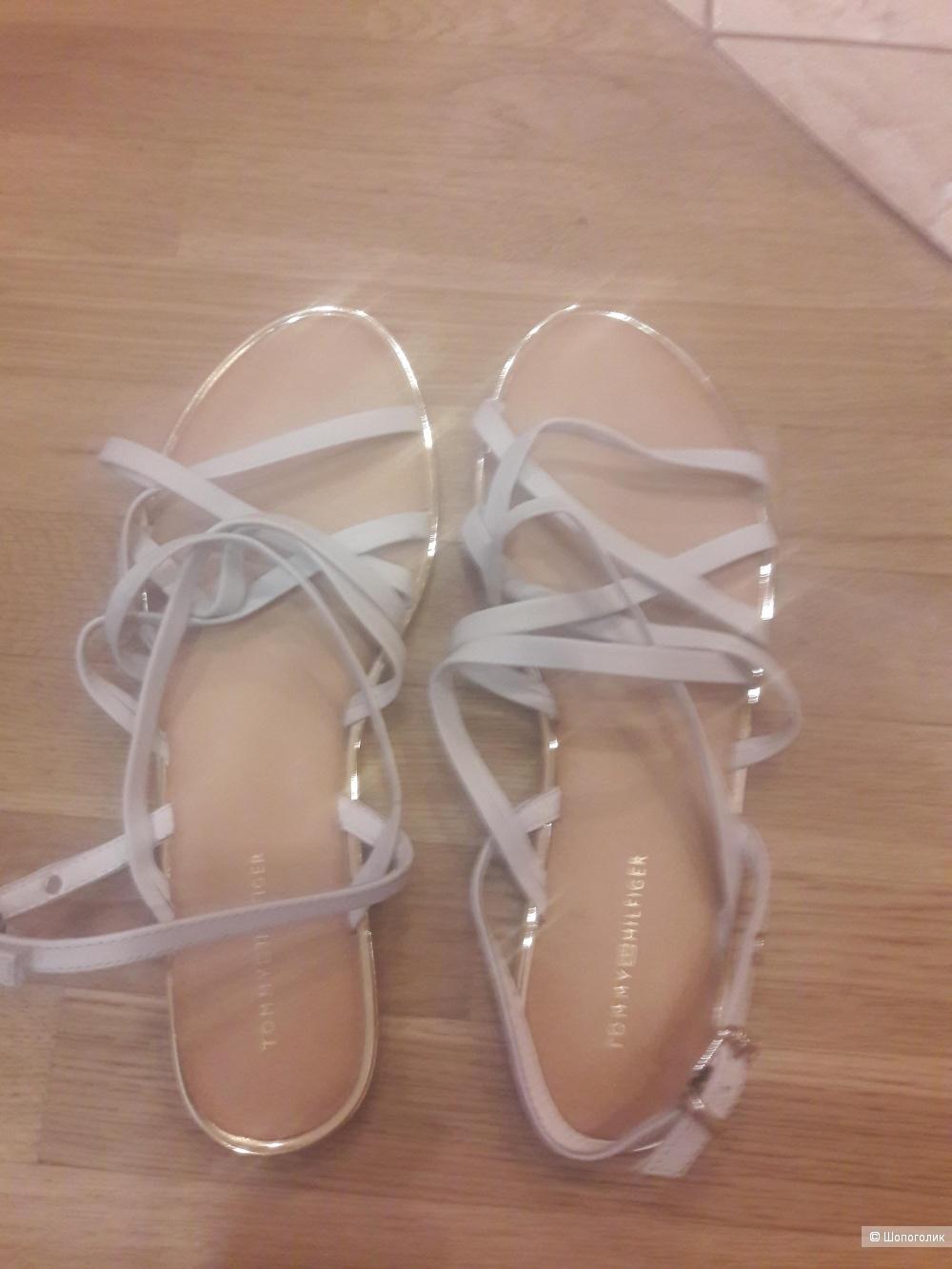 Кожаные сандалии Tommy Hilfiger 41 размера