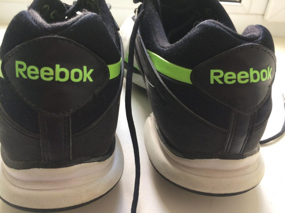 Мужские кроссовки Reebok JumpTone 46 с зелеными вставками