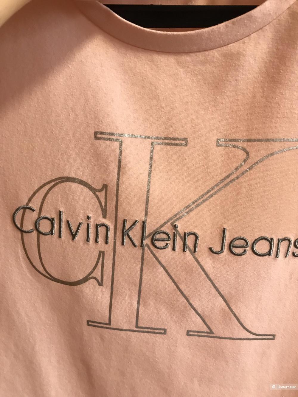 Футболка Calvin Klein размер S ( можно и М)