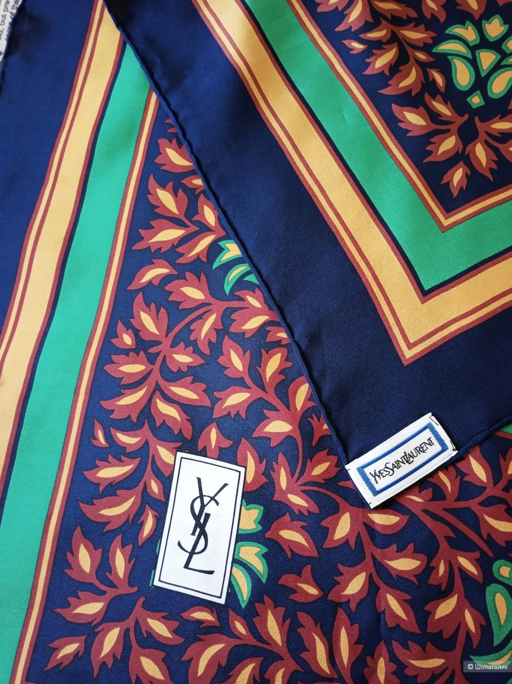 Платок Yves Saint Lauren размер 86-86