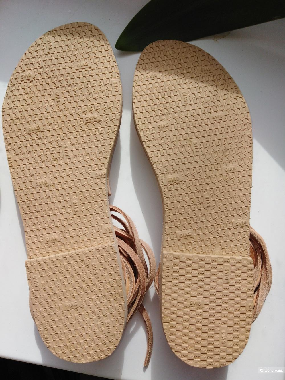 Кожаные сандалии размер 39