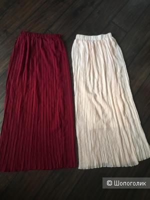 Две юбки плиссе одним лотом