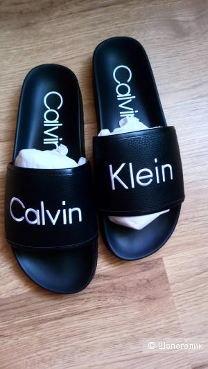 Мужские слайды Calvin Klein р-р 10US