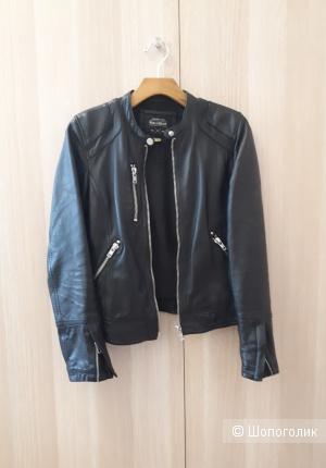 Кожаная куртка Pull&Bear, размер S
