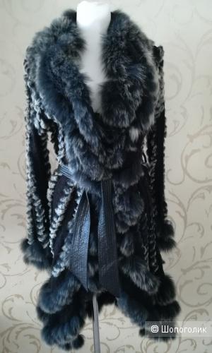 Пальто Victoria el,размер m/L