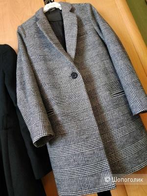 Продам новое пальто Levi's