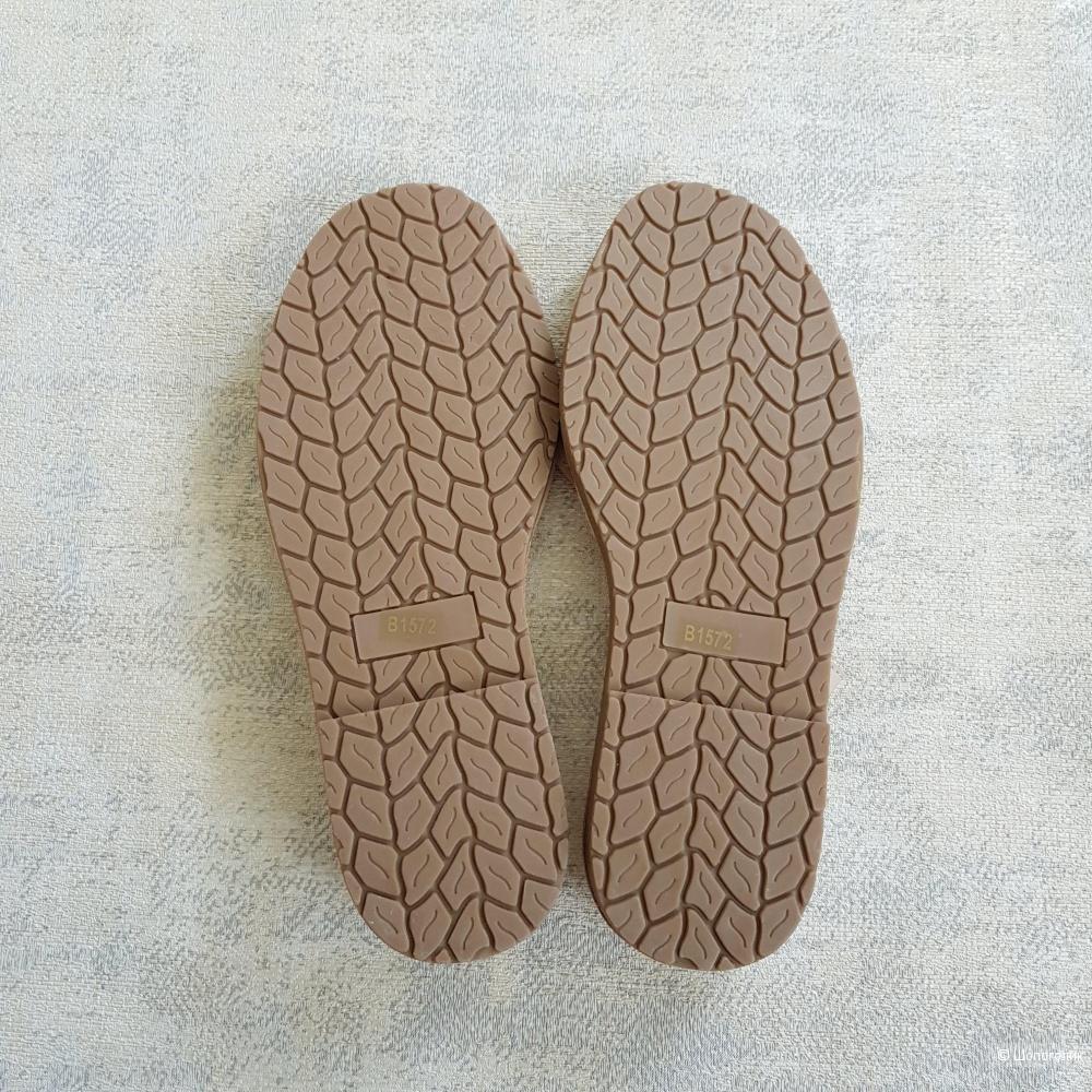 Абаркасы (босоножки) с вышивкой 36\37\38\39\40\41 размер