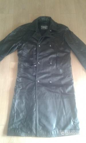 Пальто Versace, XL