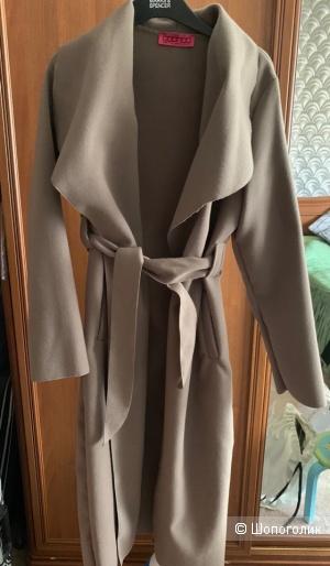 Пальто халат Boohoo бежевое размер S/M