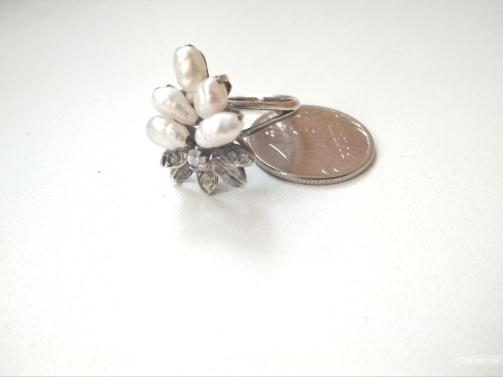 Кольцо серебро жемчуг фианиты 17 размер