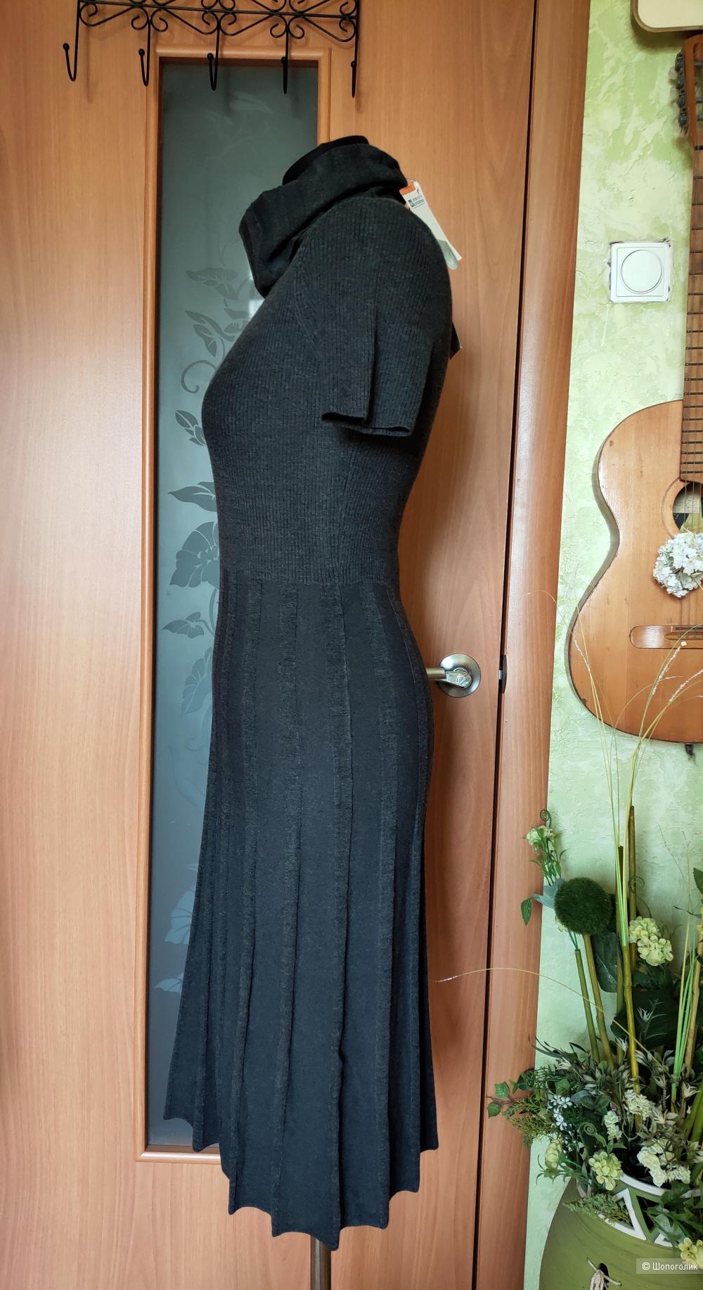 Платье La Reine Blanche размер 44