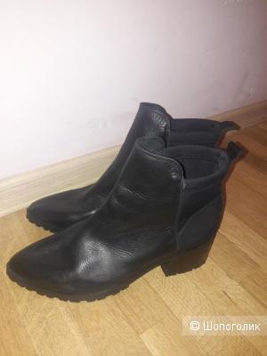 Кожаные ботинки Pieces 39 размера