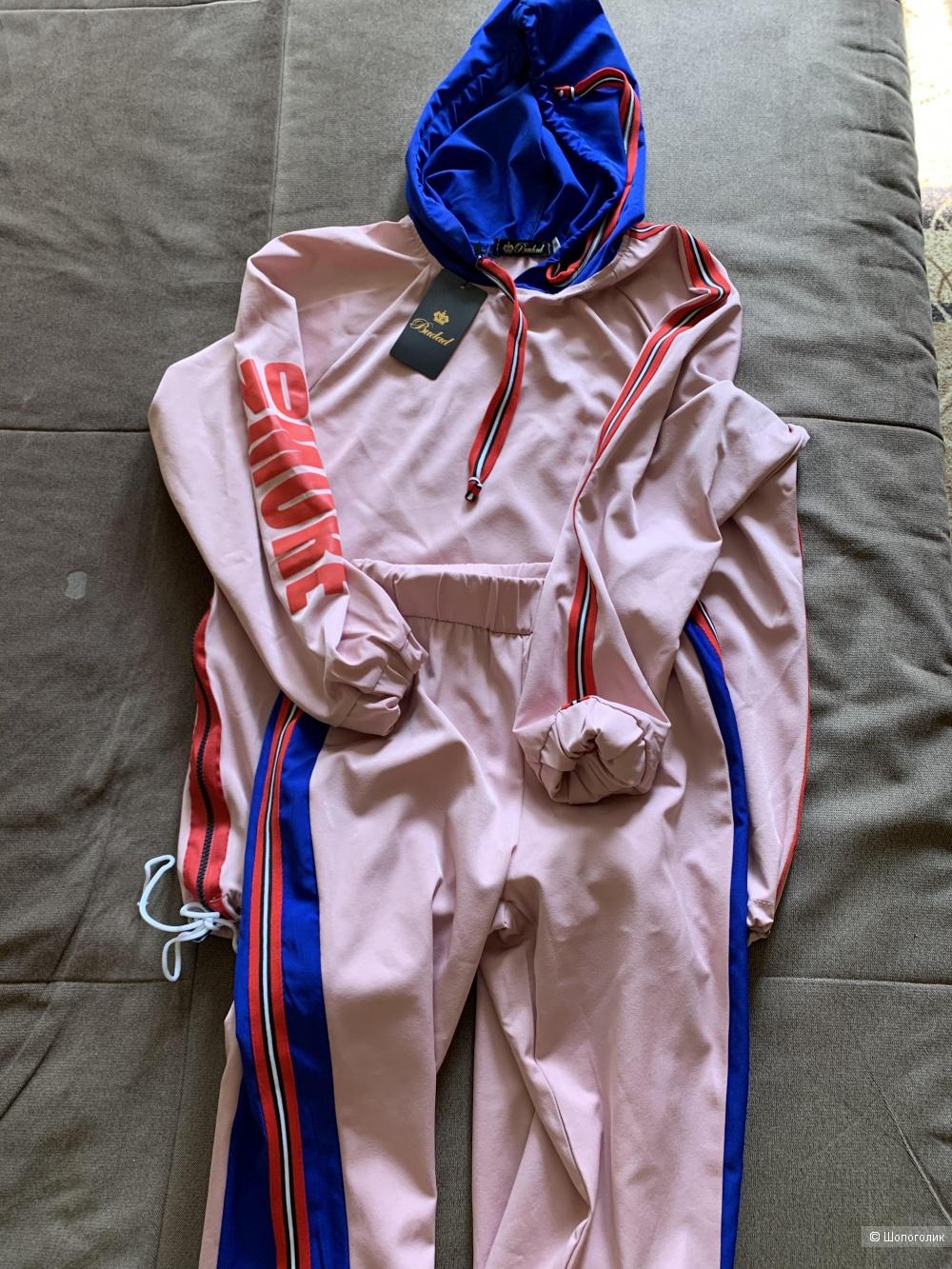 Летний костюм . Размер S
